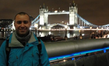 Tower Bridge e a passagem do barco