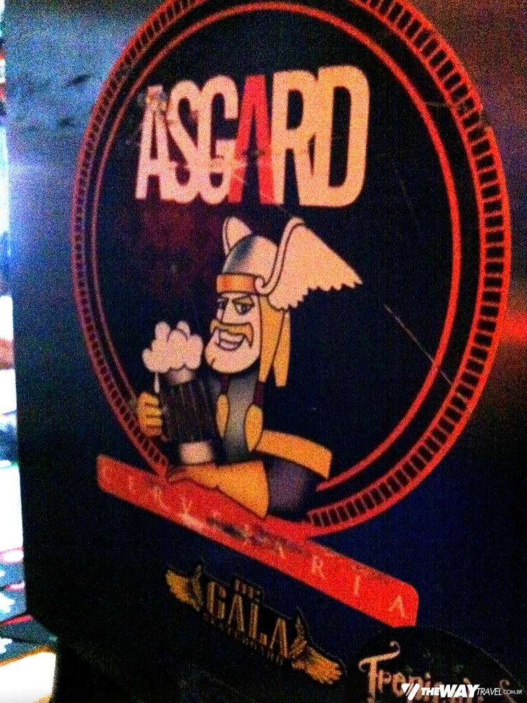 No Old's Bar, tivemos chope Asgard liberado por 1h